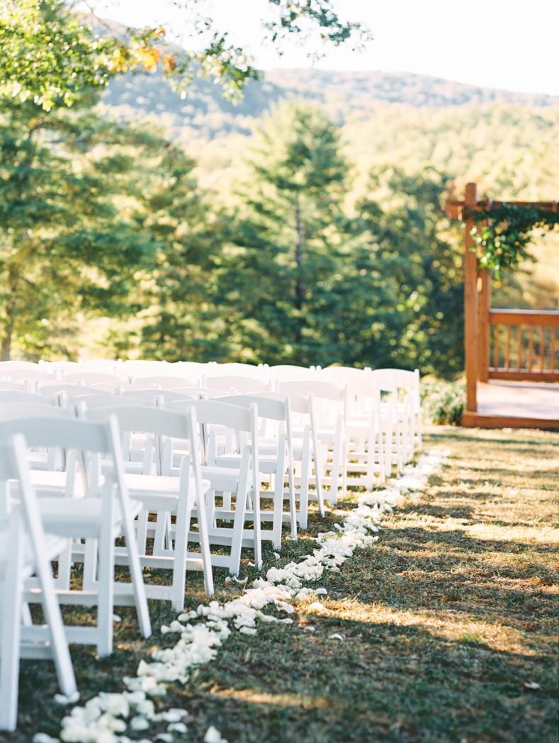 White Oaks Barn wedding photographer