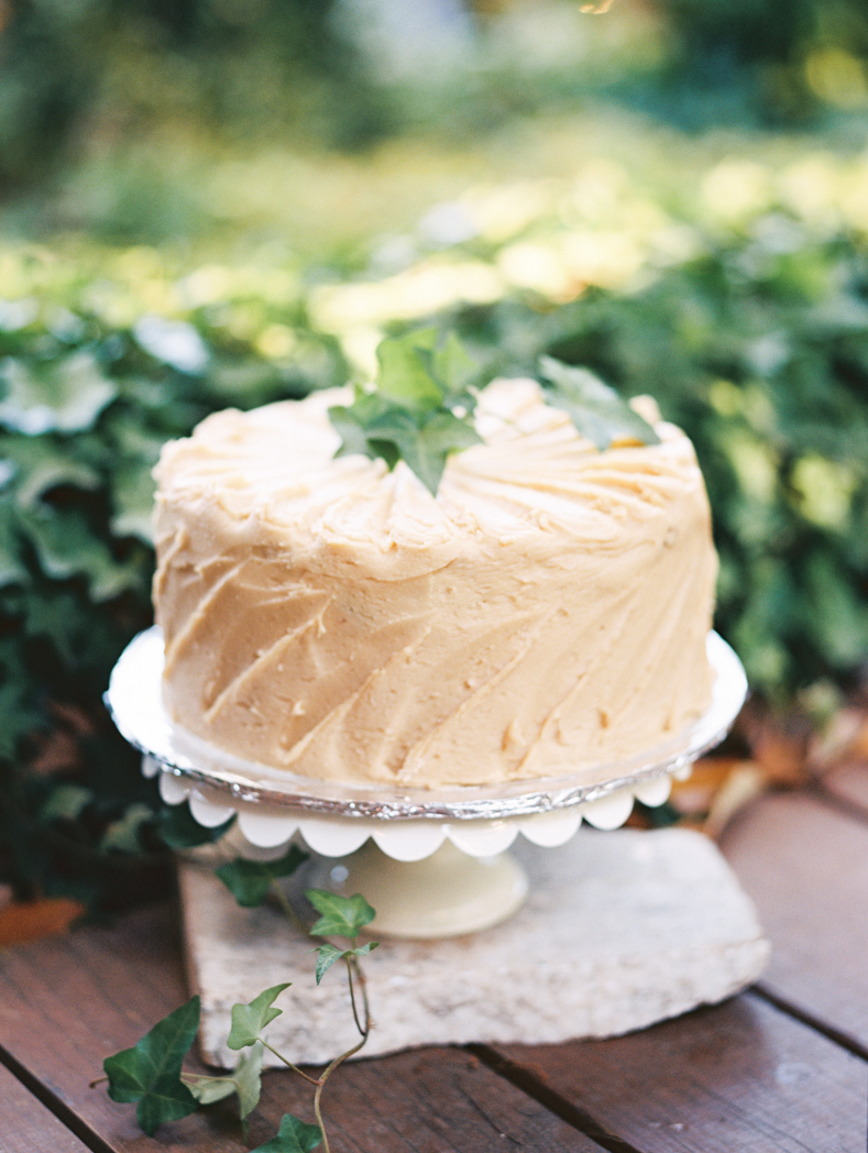 Wedding cakes Atlanta photographer film Portra 400