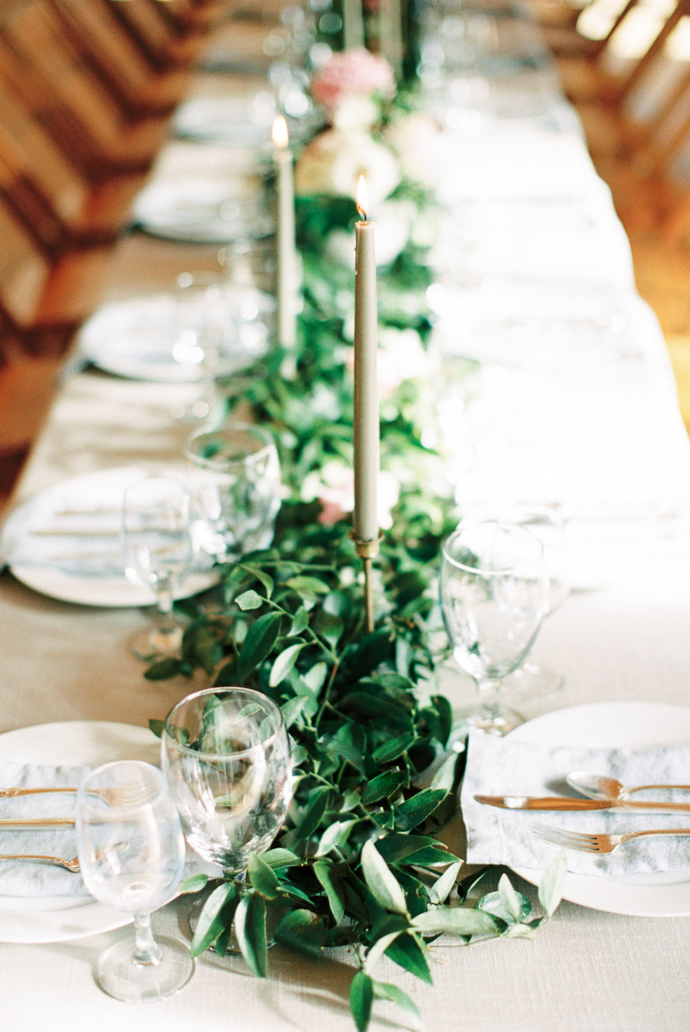 Atlanta wedding planner table setting greenery