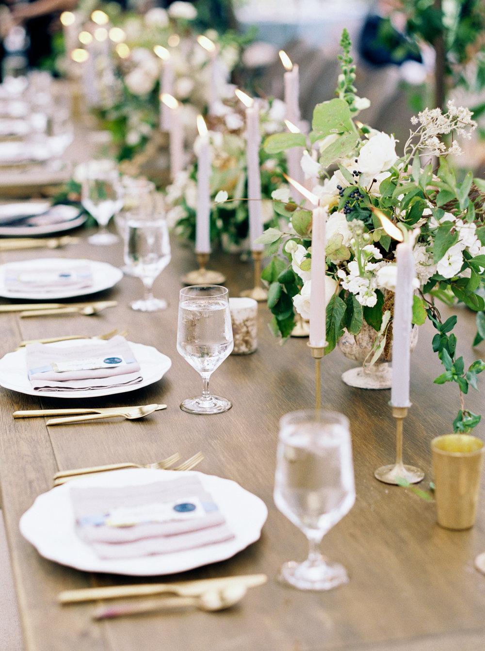 Fall wedding table gold greenery