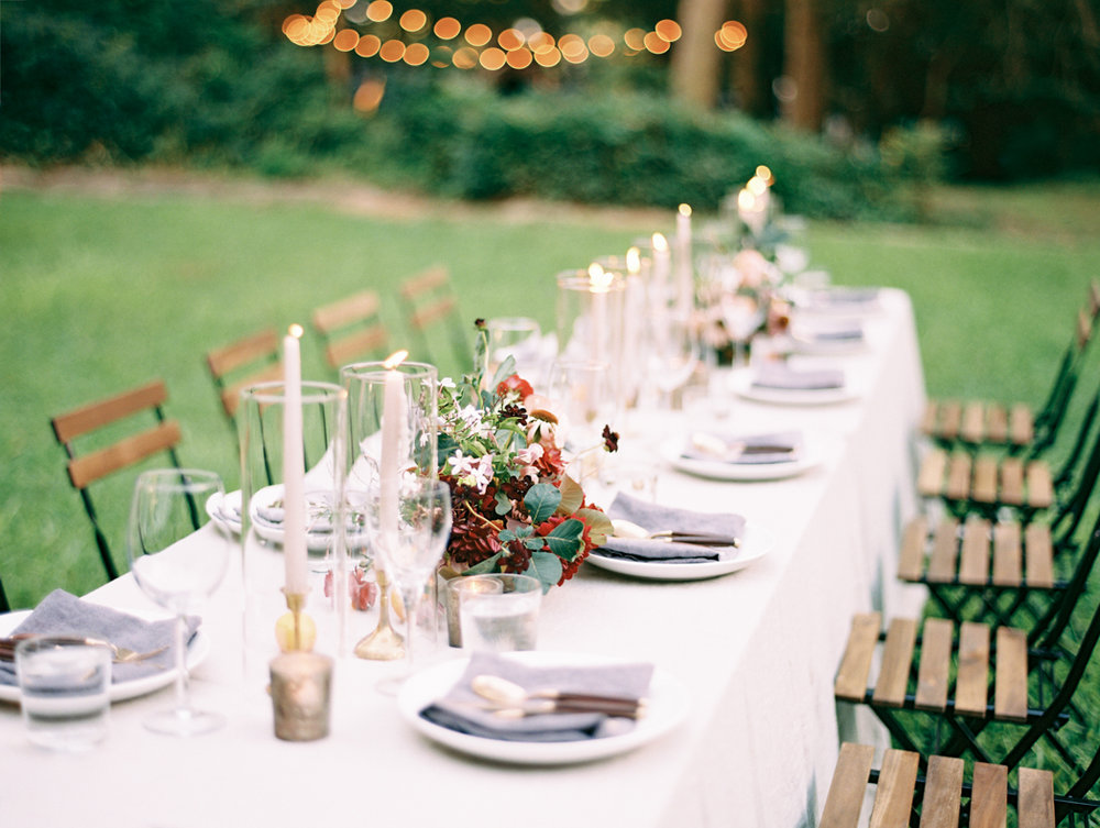 organic modern wedding decor