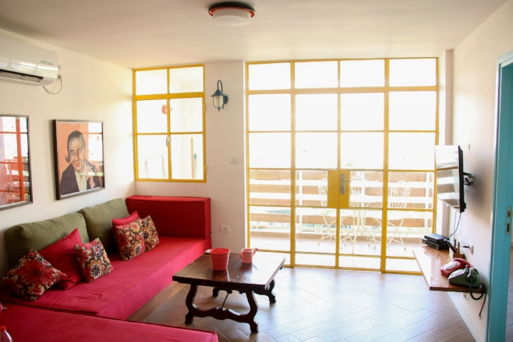 Golda Vacation Rentals 'Yellow Apartment'