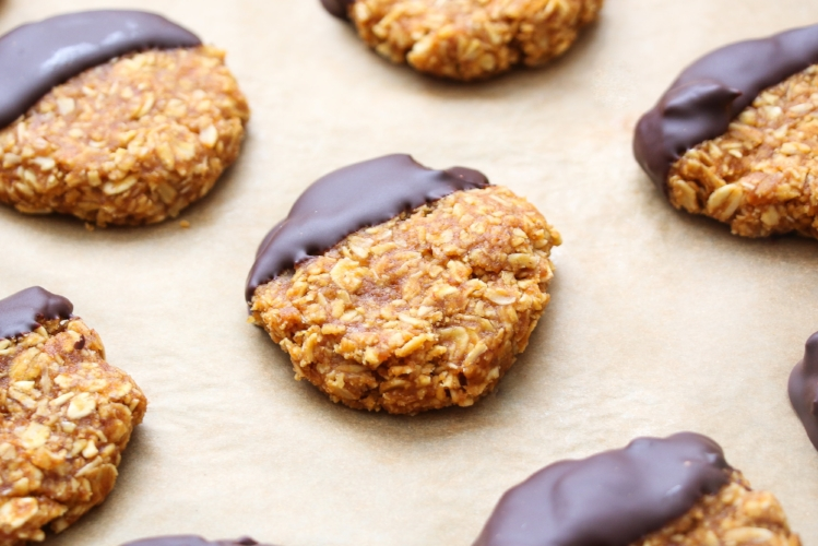 Quick and easy chocolate-pumpkin cookies. No baking required!
