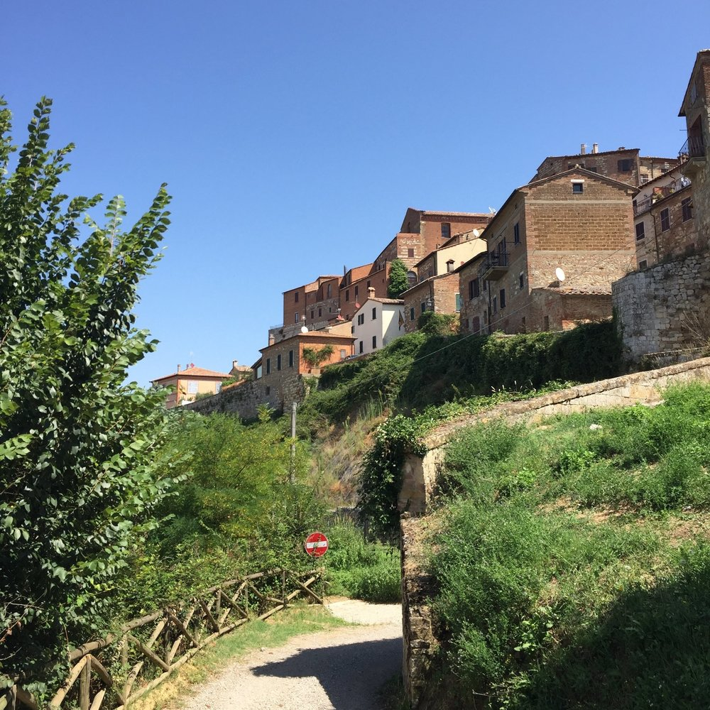 Perched on a hill, Montepulciano is everything you would expect from a medieval Tuscan town.