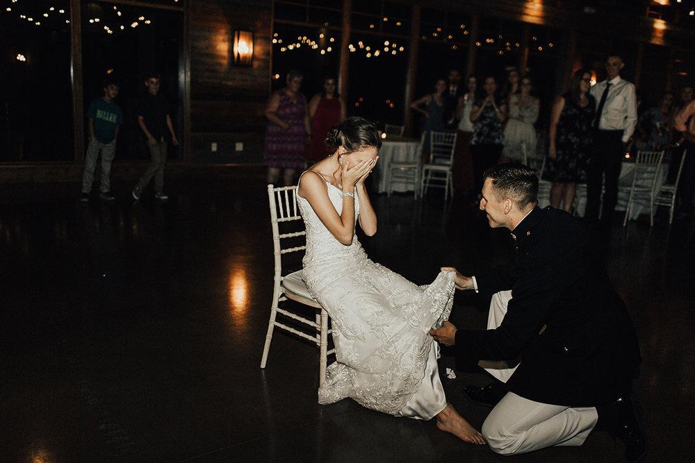 megan-joel-canyonwood-ridge-dripping-springs-texas-wedding-photographer-reception-91.jpg