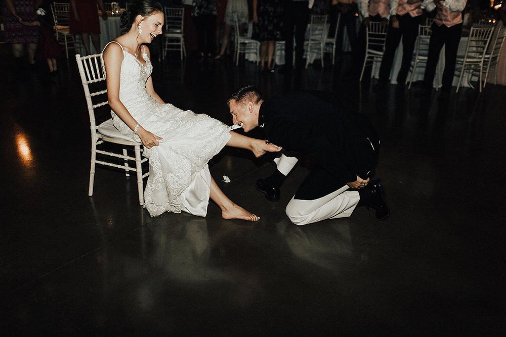 megan-joel-canyonwood-ridge-dripping-springs-texas-wedding-photographer-reception-96.jpg