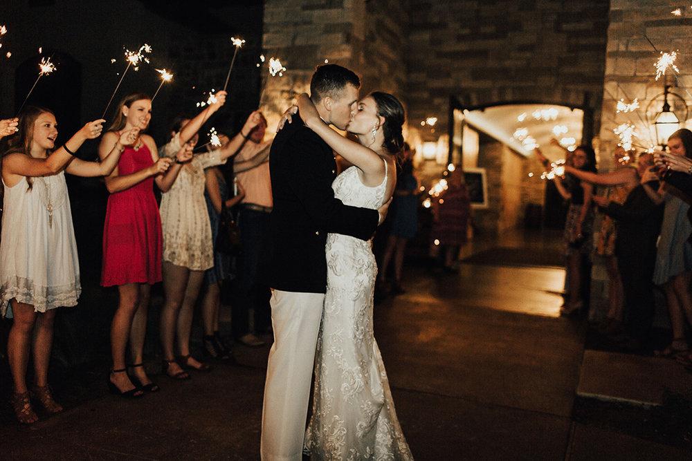 megan-joel-canyonwood-ridge-dripping-springs-texas-wedding-photographer-reception-116.jpg