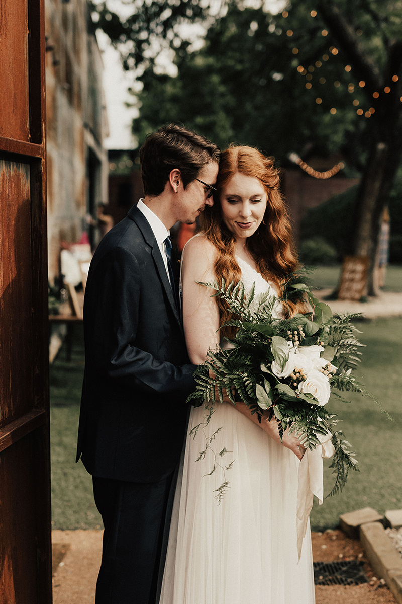 morgan-caleb-wedding-photographer-the-union-on-eighth-georgetown-texas-550.jpg