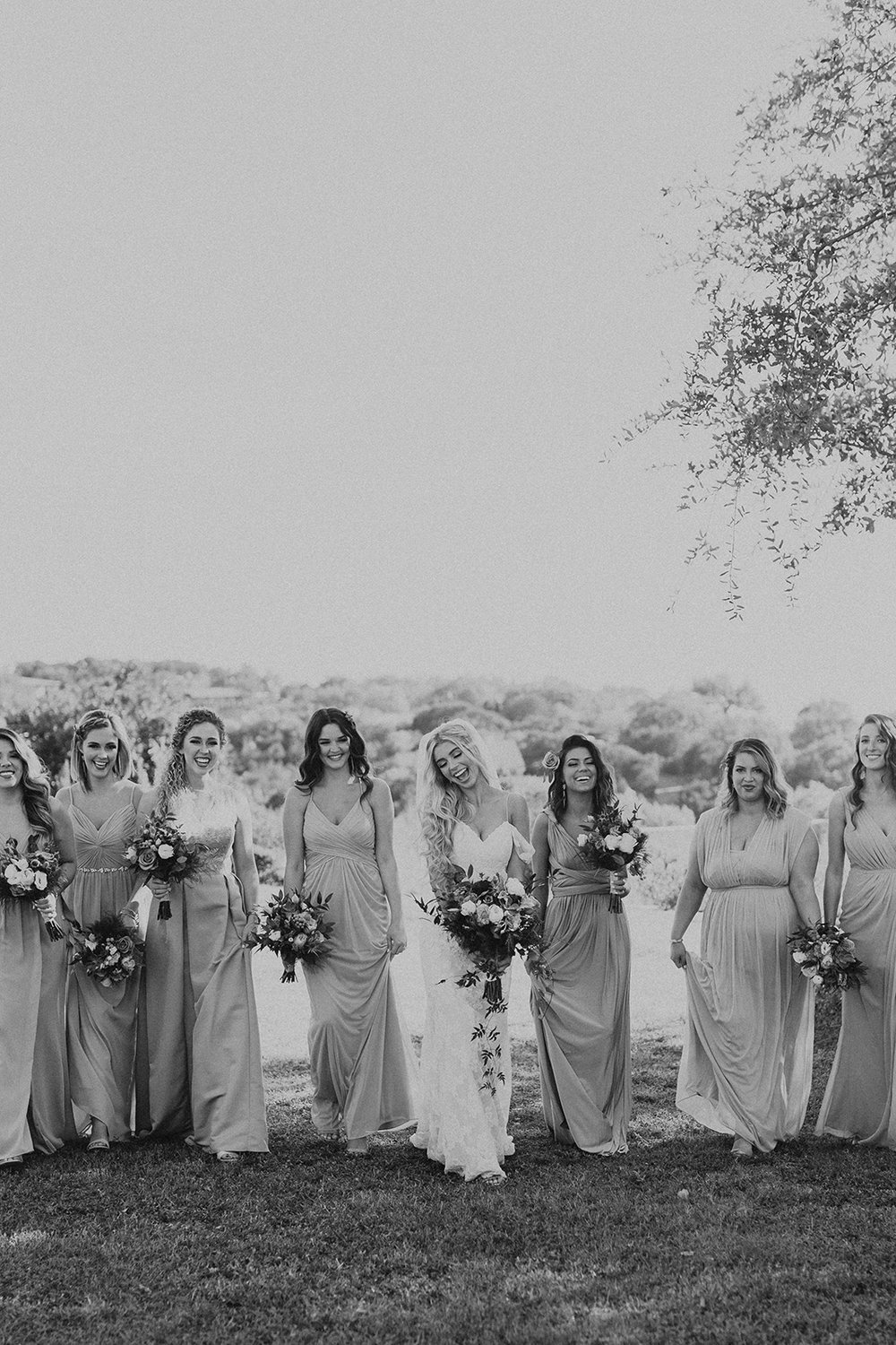 allie-tyler-vintage-villas-austin-texas-wedding-photographer-1524-2.jpg