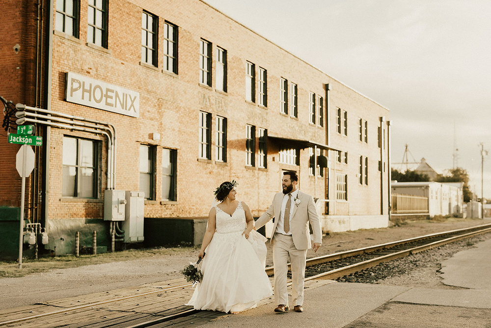 morgan-ben-the-phoenix-waco-texas-wedding-photographer-2789.jpg