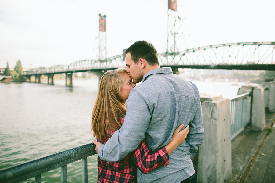 Downtown-Portland-Engagement-Photographs-006
