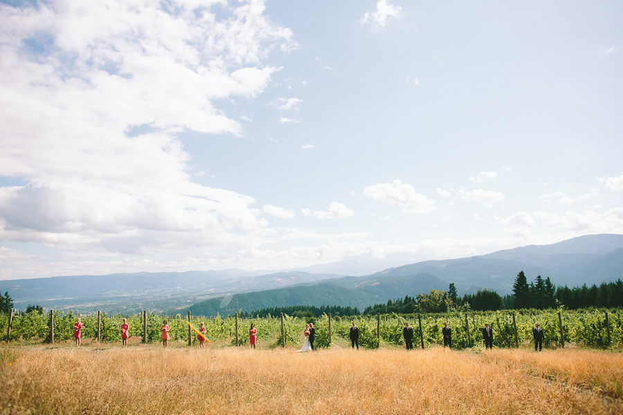 Gorge-Crest-Vineyards-Wedding-046