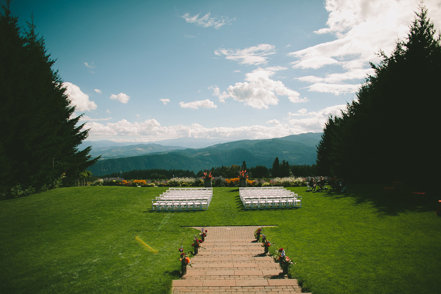 Gorge-Crest-Vineyards-Wedding-049