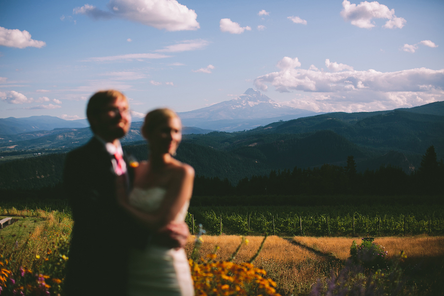 Gorge-Crest-Vineyards-Wedding-094