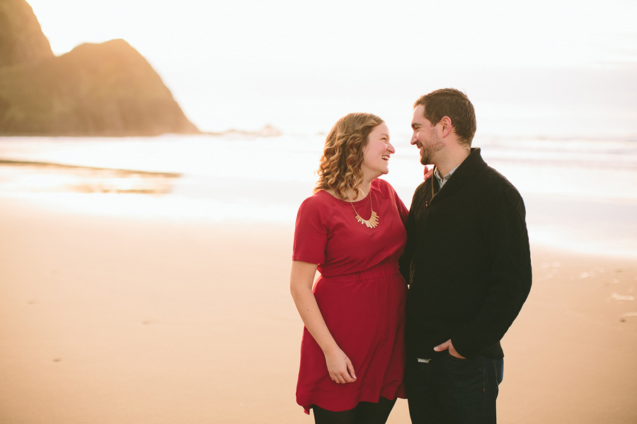 Lincoln-City-Engagement-Photographs-007