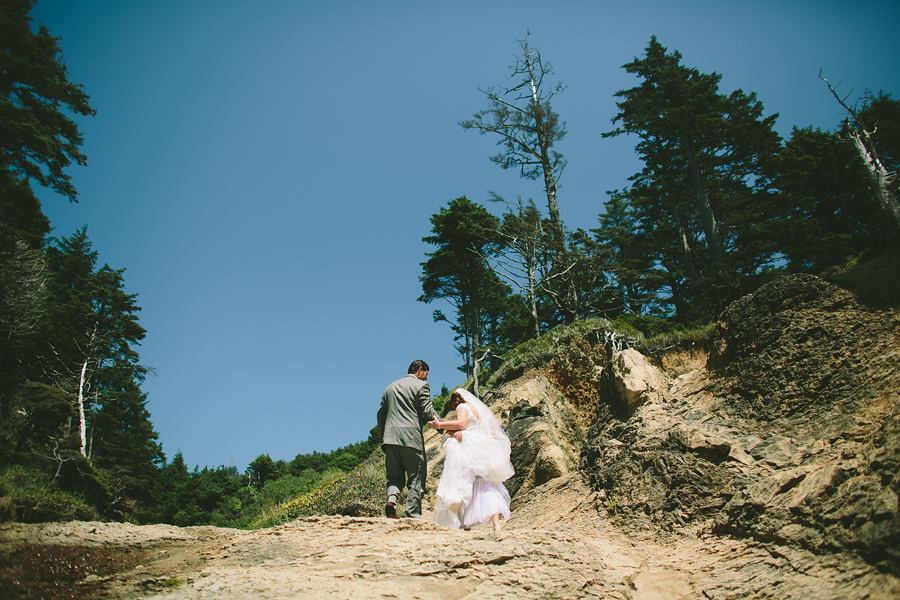 Cannon-Beach-Wedding-017.JPG