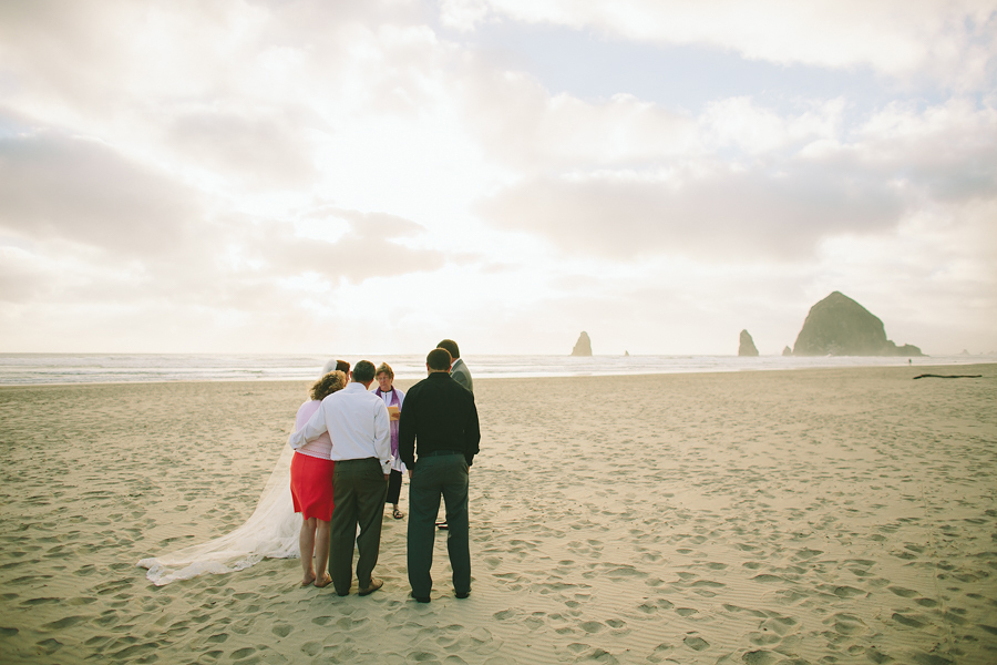 Cannon-Beach-Wedding-040.JPG