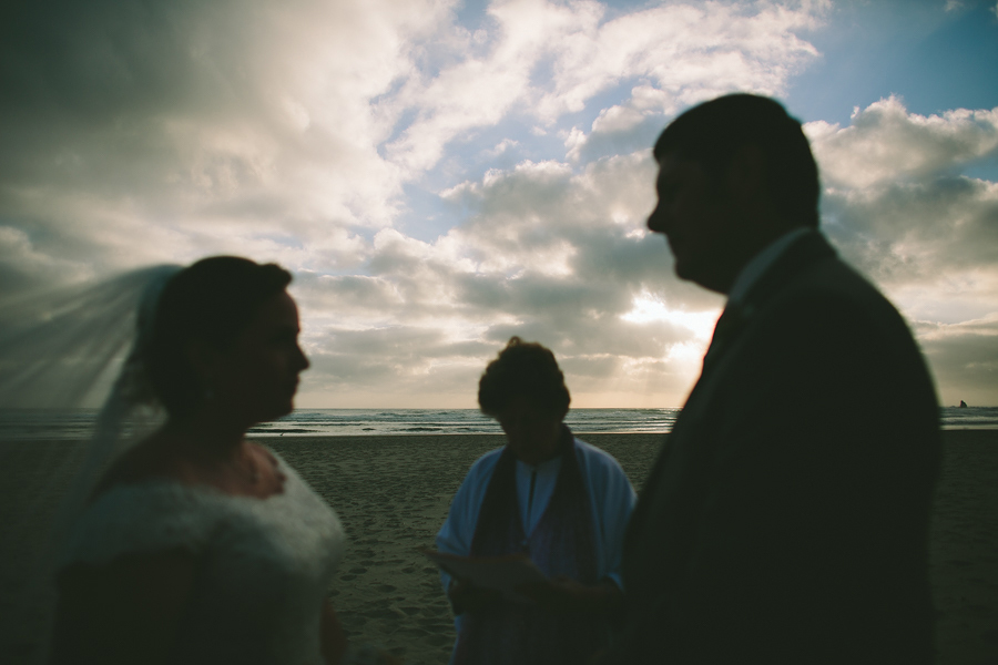 Cannon-Beach-Wedding-042.JPG