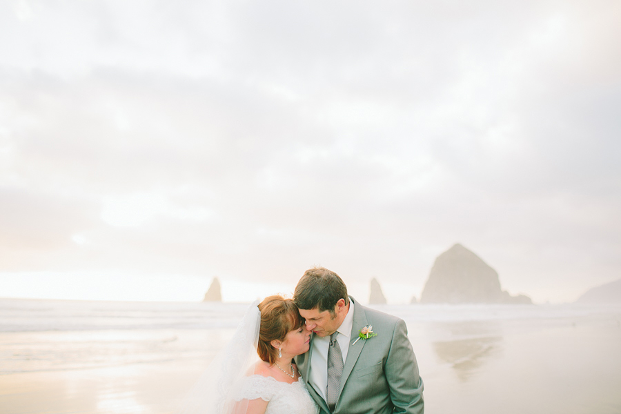 Cannon-Beach-Wedding-052.JPG