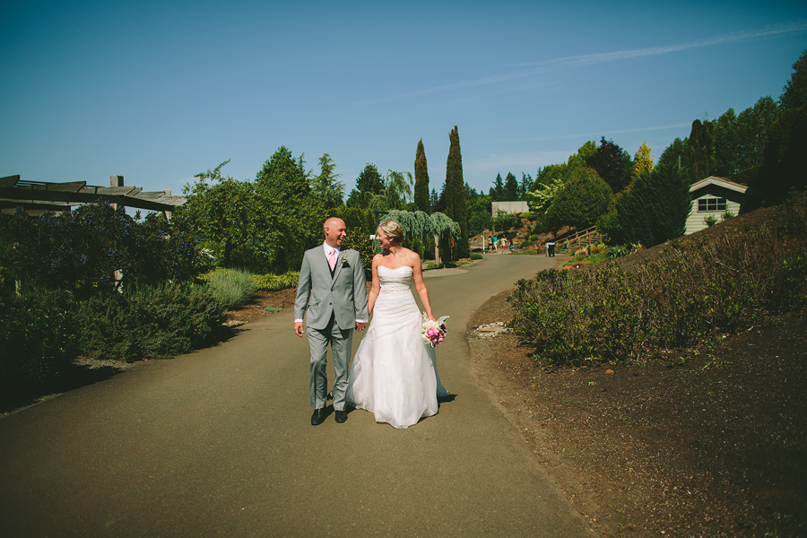 The-Oregon-Garden-Wedding-20.jpg