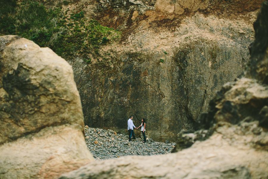 Cannon-Beach-Engagement-Photographs-21.jpg