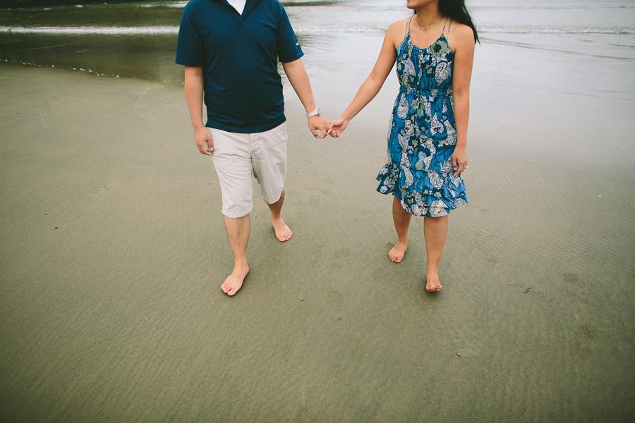 Cannon-Beach-Engagement-Photographs-31.jpg