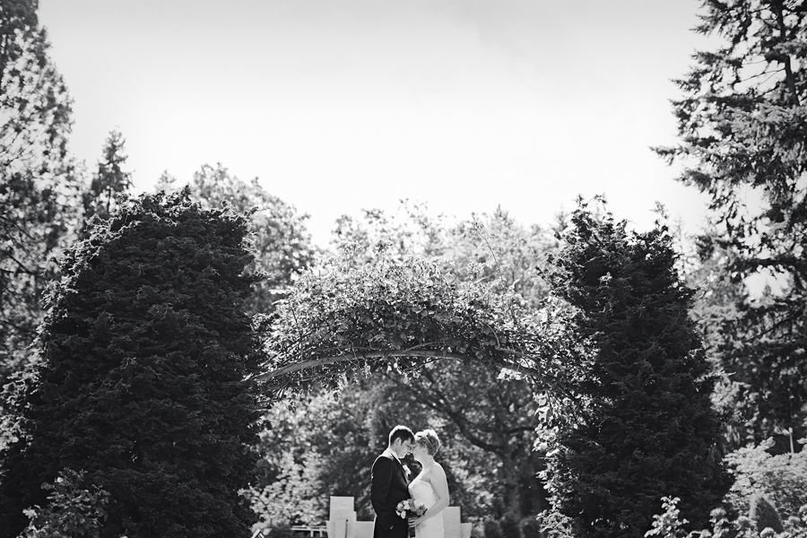 Portland-Rose-Garden-Wedding-Photographs-28.jpg