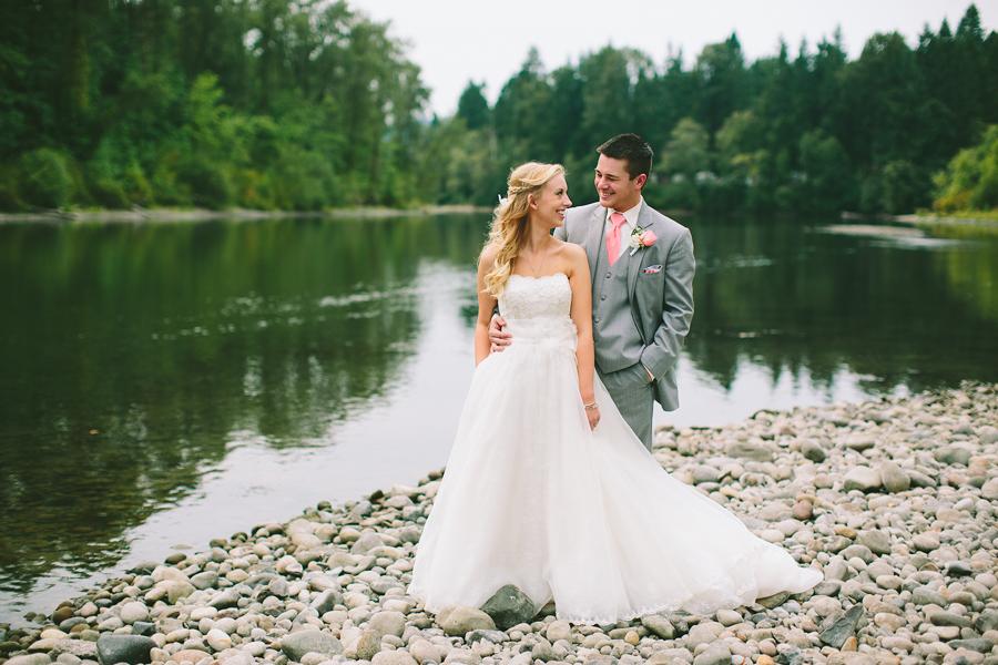 Lewis-River-Golf-Course-Wedding-3.jpg