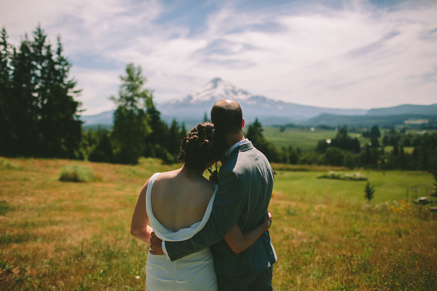 Mt-Hood-Organic-Farms-Wedding-31.jpg