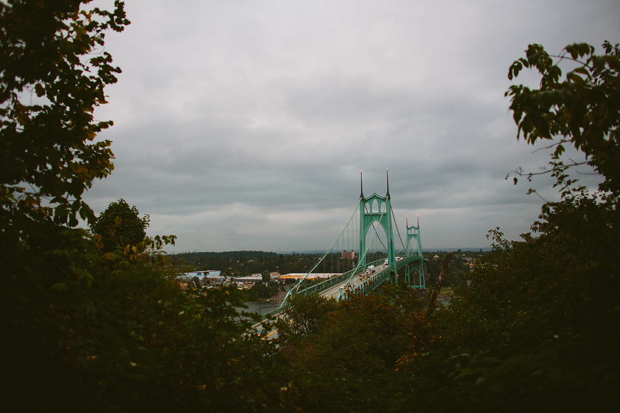 St-Johns-Bridge-Engagement-Photographs-3.jpg