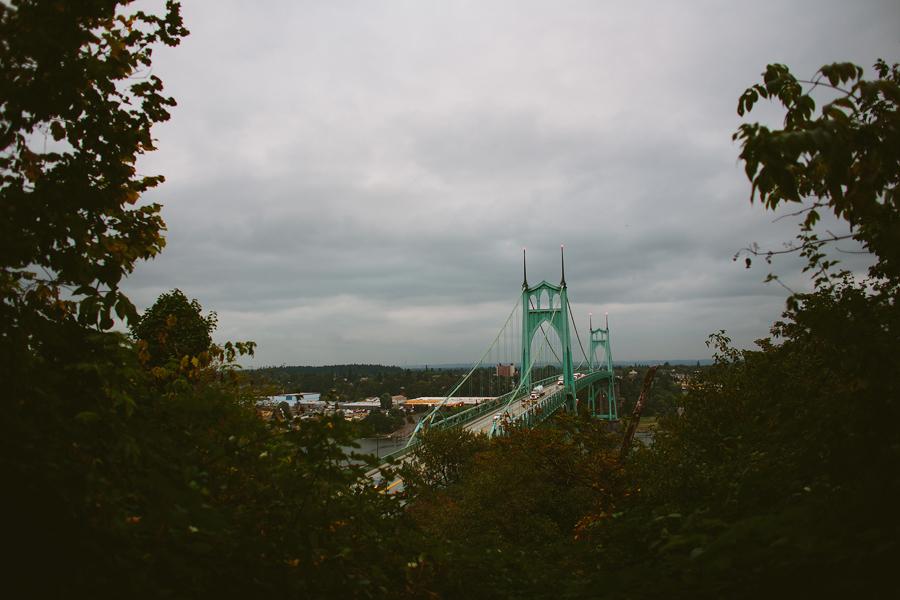 St-Johns-Bridge-Engagement-Photographs-3.jpg