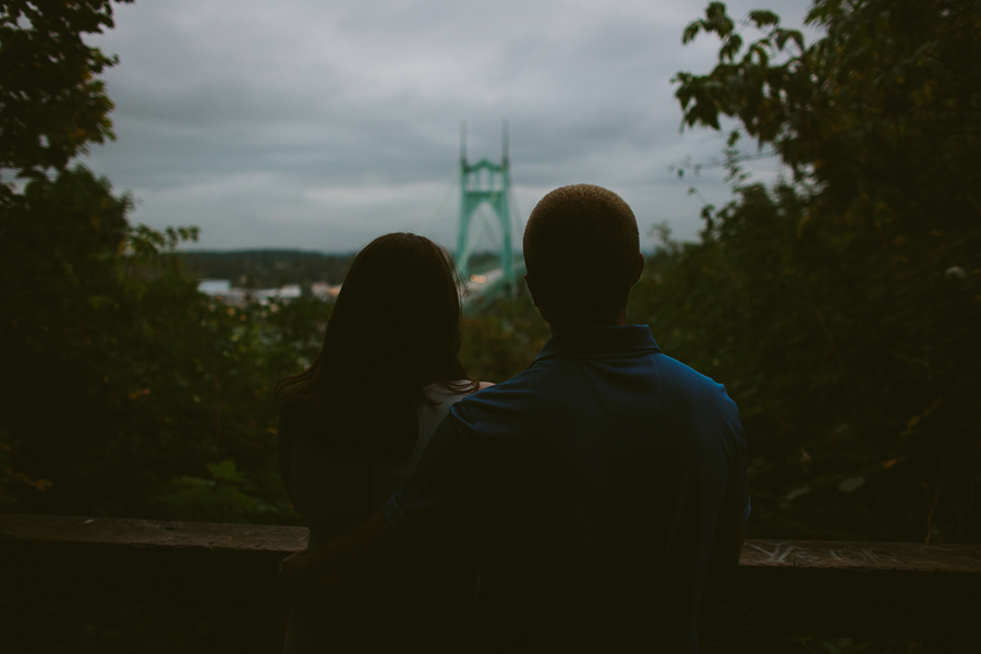 St-Johns-Bridge-Engagement-Photographs-8.jpg