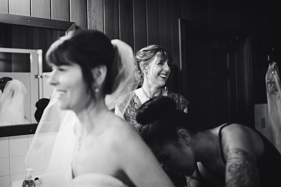 Bridal-Veil-Lakes-Wedding-18.jpg