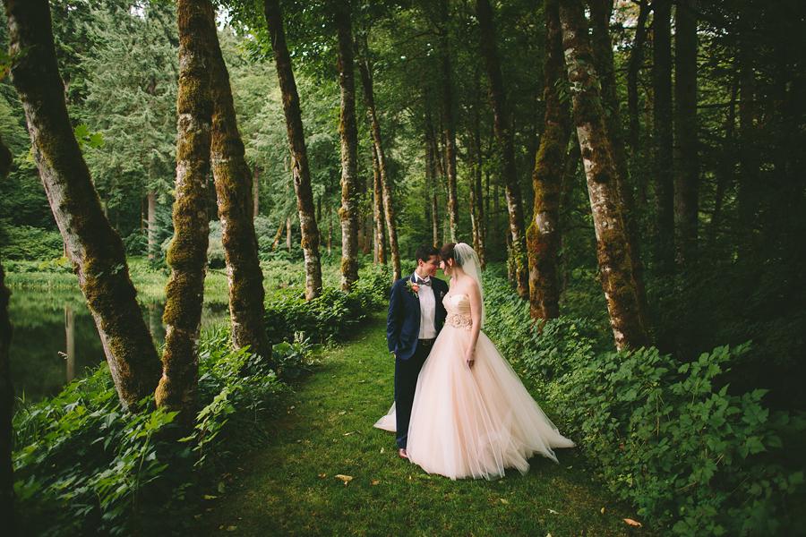 Bridal-Veil-Lakes-Wedding-58.jpg