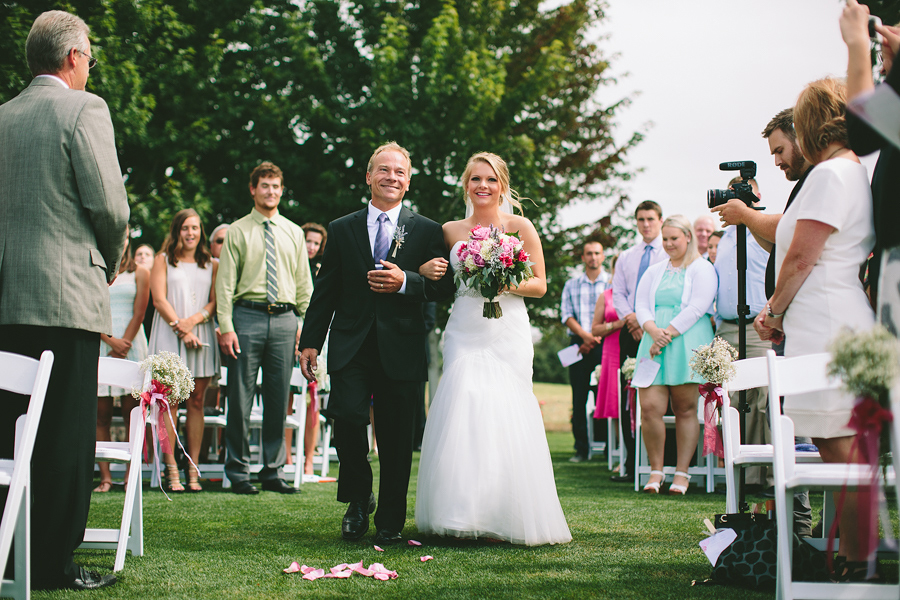 The-Reserve-Vineyards-and-Golf-Club-Wedding-26.jpg