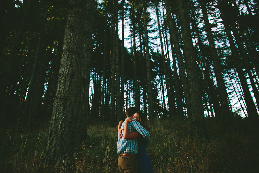 Willamette-Valley-Engagement-Photographs-3.jpg