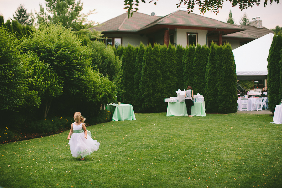 Lewis-River-Golf-Course-Wedding-14.jpg