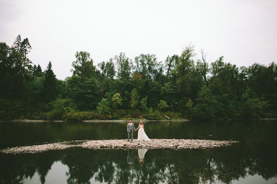 Lewis-River-Golf-Course-Wedding-30.jpg