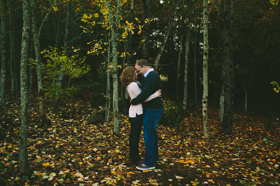 Oregon-Garden-Engagement-Photographs-15.jpg