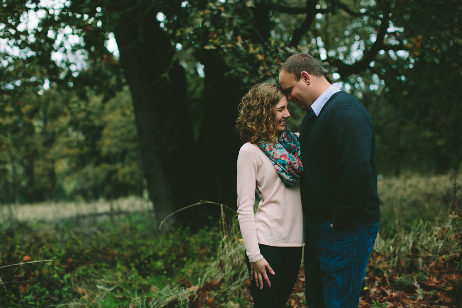 Oregon-Garden-Engagement-Photographs-17.jpg