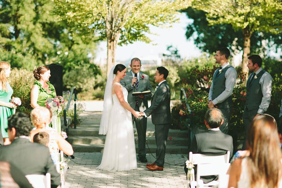 South-Waterfront-Park-Portland-Wedding-52.jpg