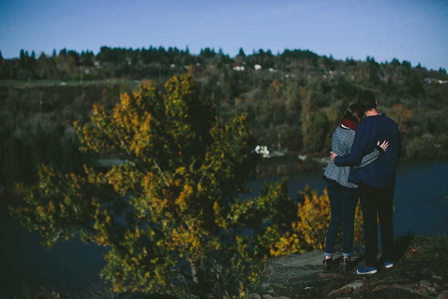 Oregon-City-Engagement-Photographs-3.jpg