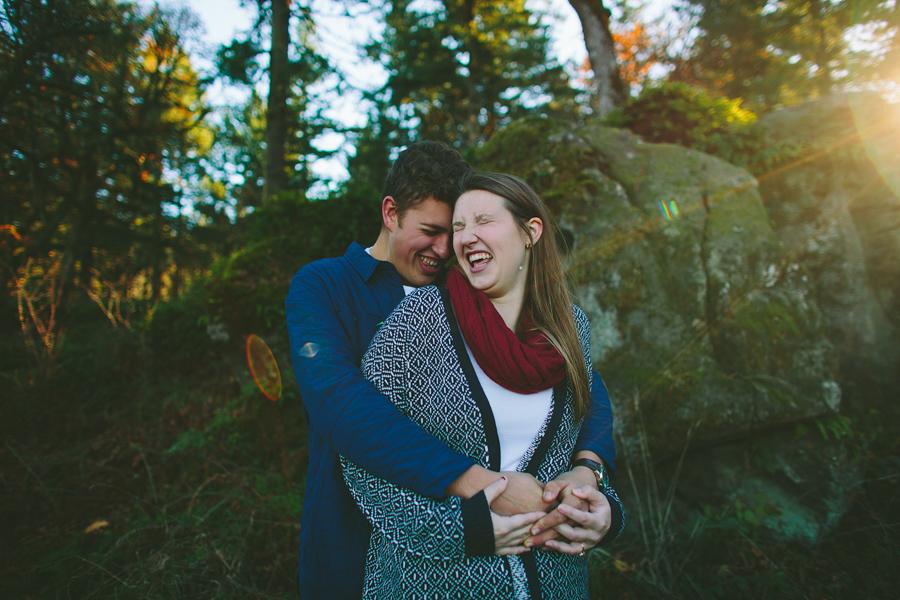 Oregon-City-Engagement-Photographs-16.jpg