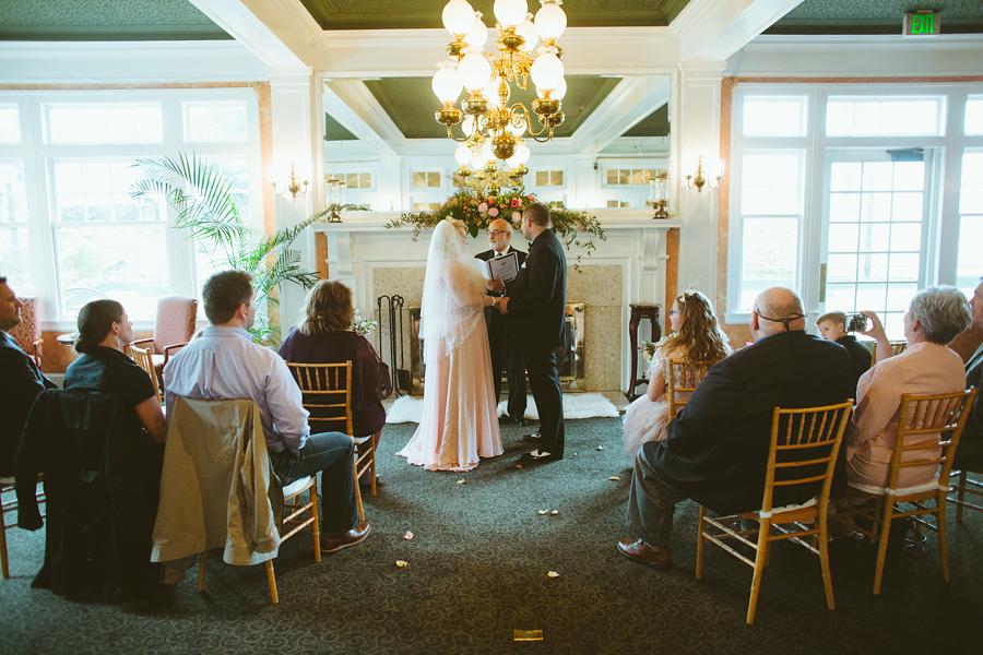 Columbia-Cliff-Villas-Wedding-18.jpg