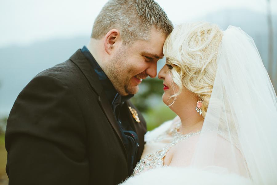 Columbia-Cliff-Villas-Wedding-40.jpg