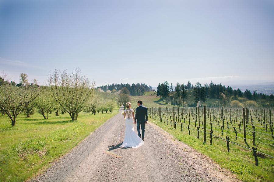 Vista-Hills-Vineyard-Wedding-17.jpg