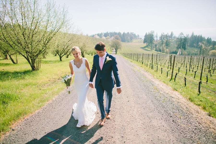 Vista-Hills-Vineyard-Wedding-24.jpg