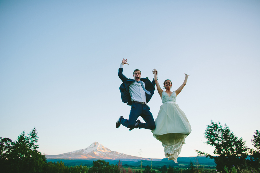 Mt-Hood-Organic-Farms-Wedding-10.jpg