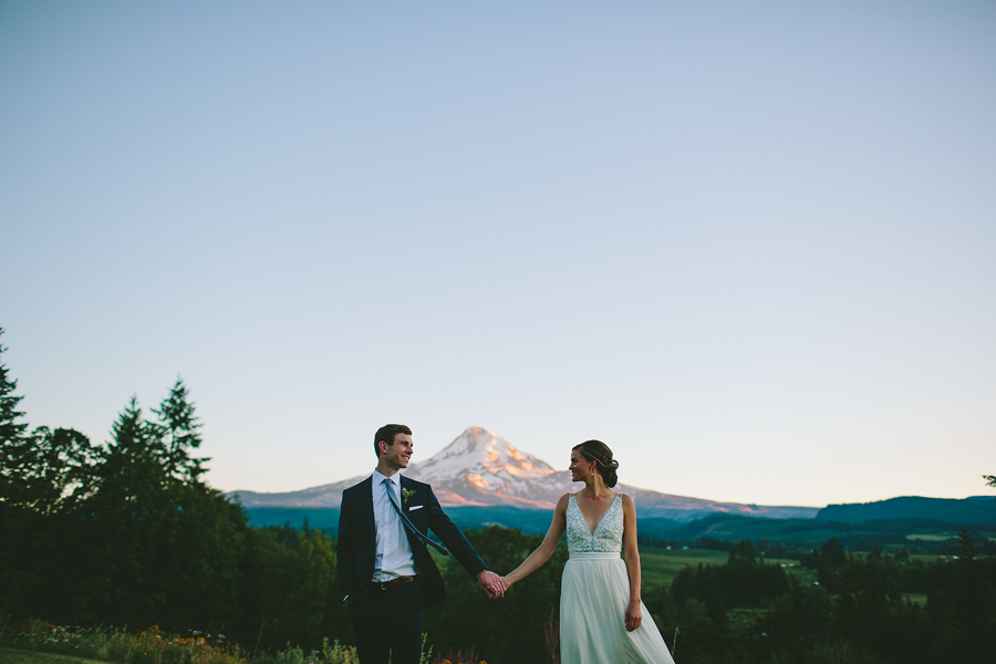 Mt-Hood-Organic-Farms-Wedding-11.jpg
