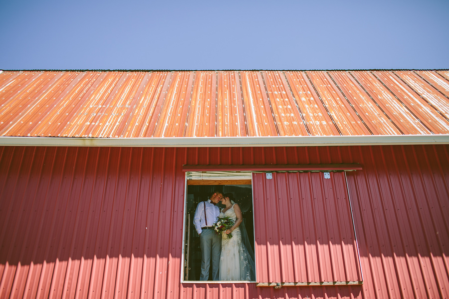 Tinas-Barn-Wedding-4.jpg